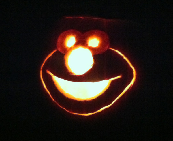 Creating elmo writings for Elmo pumpkin template